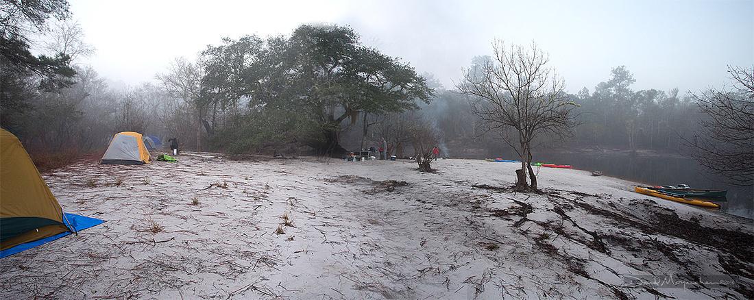 Foggy_Camp_Pano