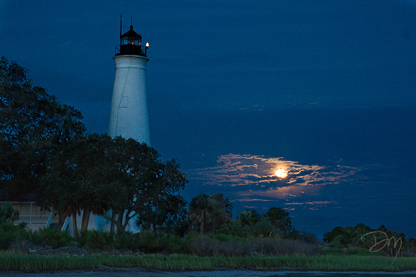 Moon Light House