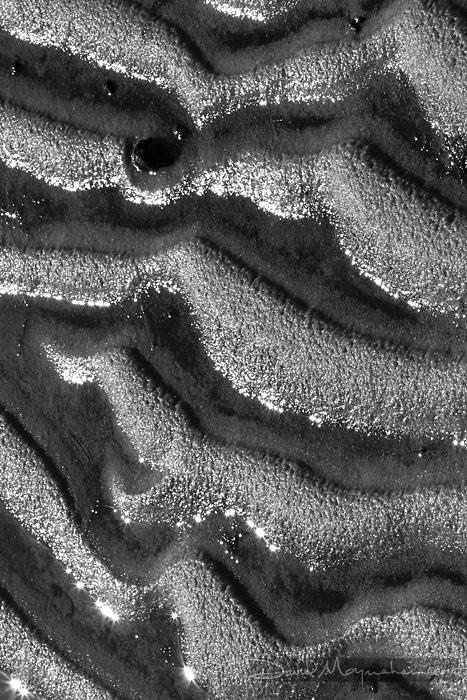 Juicy Waves of Sand