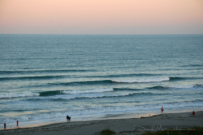 Cocoa_Beach_&_Waves