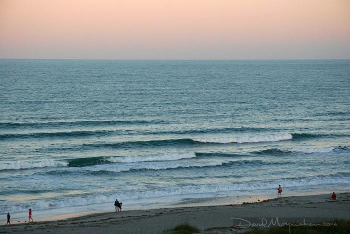 Cocoa_Beach_&_Waves